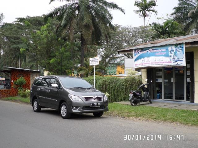Foto: Menyewakan Mobil & Bus Pariwisata Medan