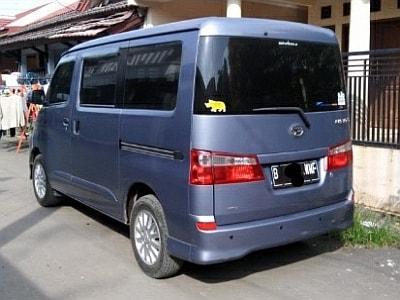Foto: Jual Daihatsu Luxio Type M, 1.5cc 2010 Abu-abu Metalik
