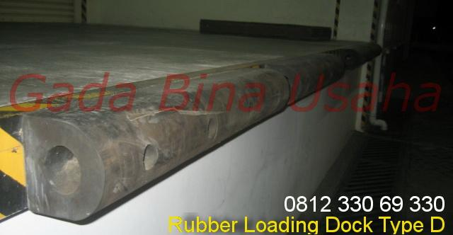 Foto: Loading Dock Bumper