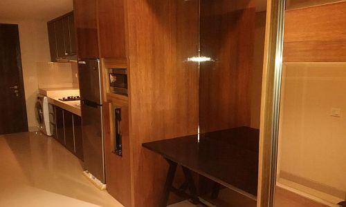 Foto: Jual Apartemen Kemang Village Intercon Studio Full Furnished (BU)