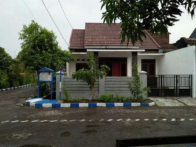 Foto: Jual Rumah Hook Perum Jaya Regency Sedati Siap Huni