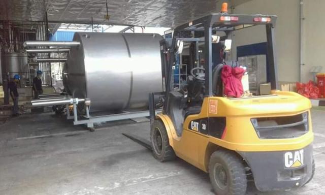 Foto: Rental Crane dan Forklift Jawa Barat Termurah